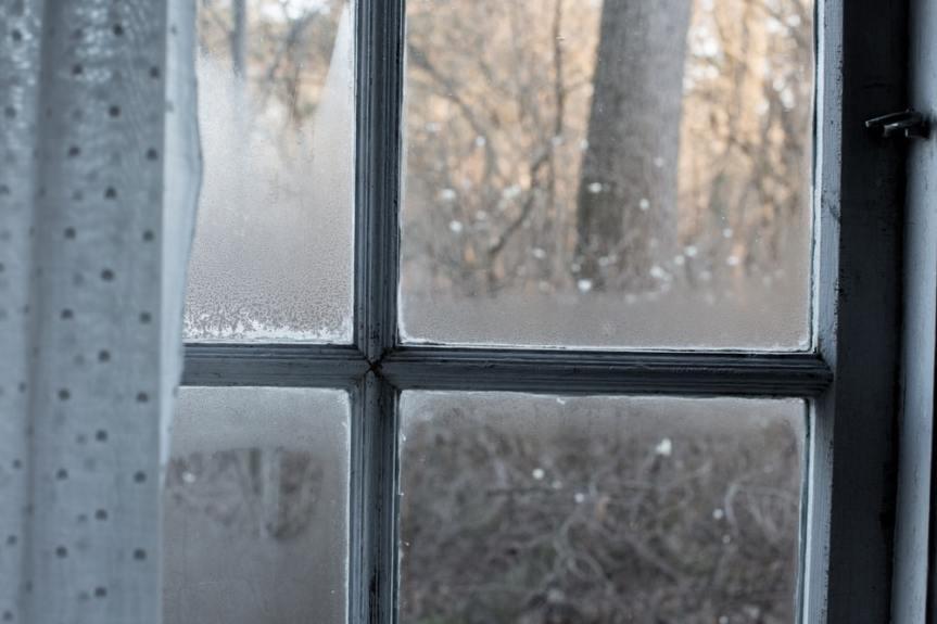 Dirty Window – DirtyLife
